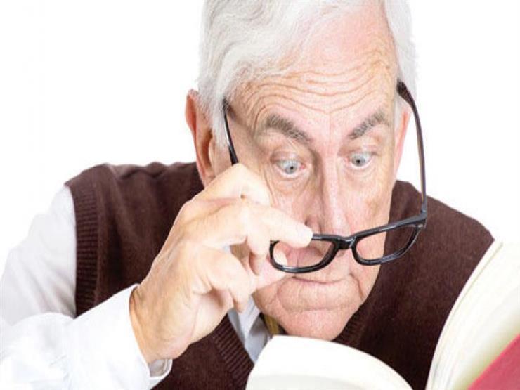 بالخلايا الجزعية.. فريق طبي يكتشف علاج ضعف البصر عند كبار السن