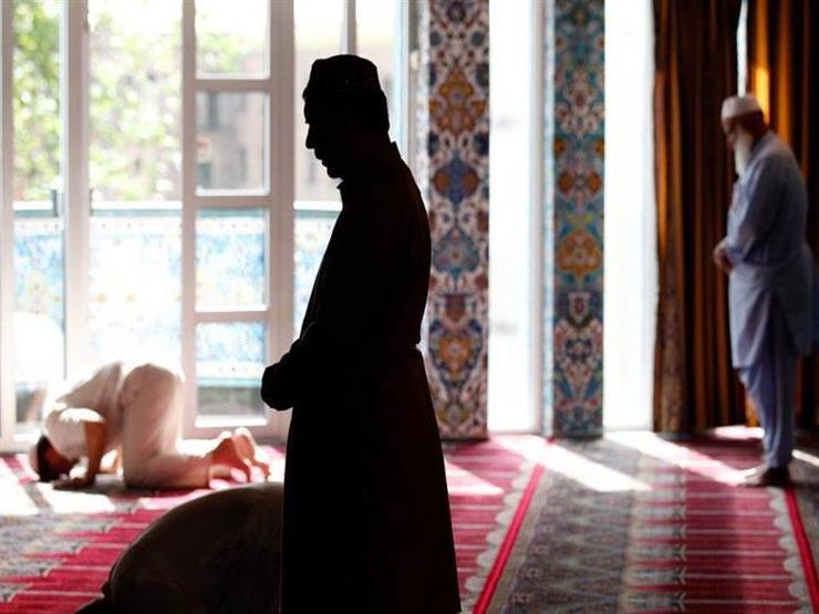 """دعاء الاستفتاح في الصلاة.. """"البحوث الإسلامية"""" يوضح حكمه وصيغته"""