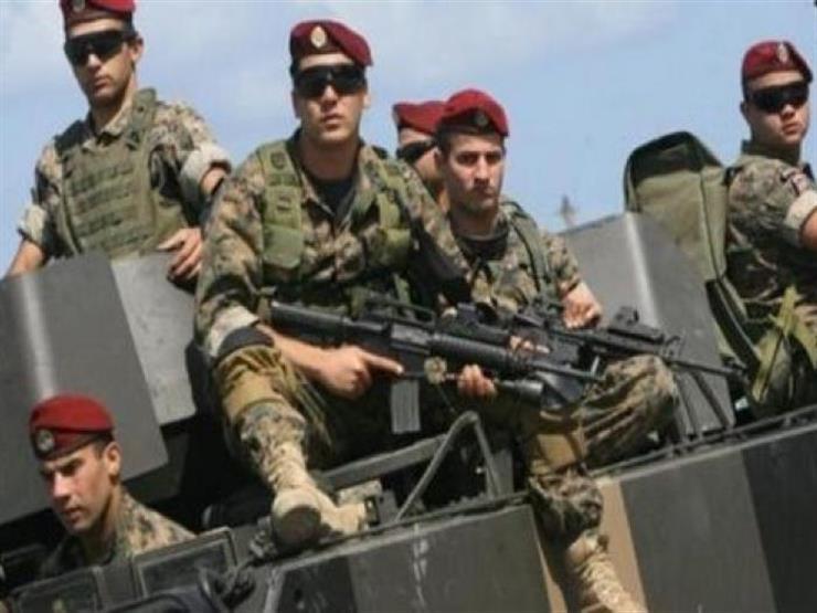 الجيش اللبناني ينفي إجراء تحقيق بشأن مشاركة الطلاب في المظاهرات