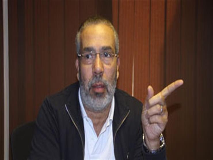 مدحت العدل يعلق على خلاف أحمد سعد وسمية الخشاب
