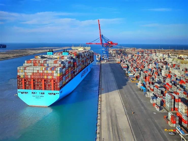 """""""قناة السويس للحاويات"""" تستقبل السفينة العملاقة Maastricht Maersk لأول مرة"""