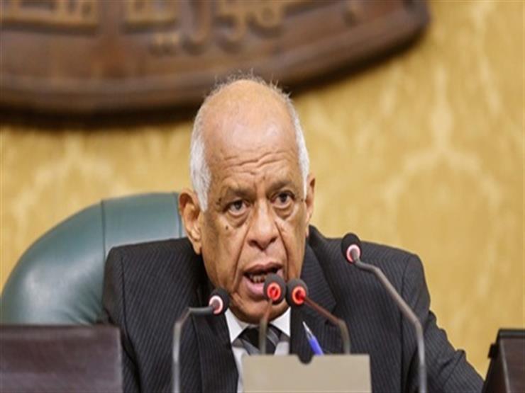عبدالعال يفتتح الجلسة العامة للبرلمان للتصويت على الحساب الختامي للموازنة