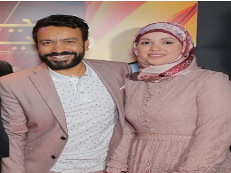 سامح حسين يبعث رسالة رومانسية لزوجته