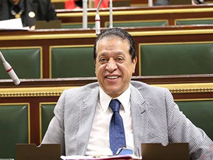 برلماني يشيد بتوجيه السيسي لإصلاح منظومة الأدوية