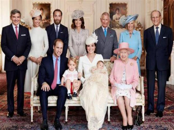 خادمون وموظفون بالقصر يكشفون أسرار ومشكلات العائلة البريطانية المالكة