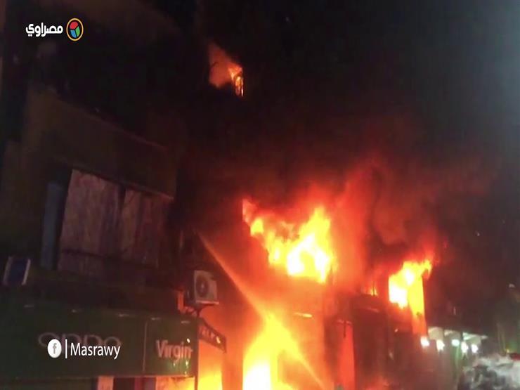 """""""النيران التهمت 8 أدوار"""".. لقطات ترصد حريق عقار مدينة النور (فيديو)"""