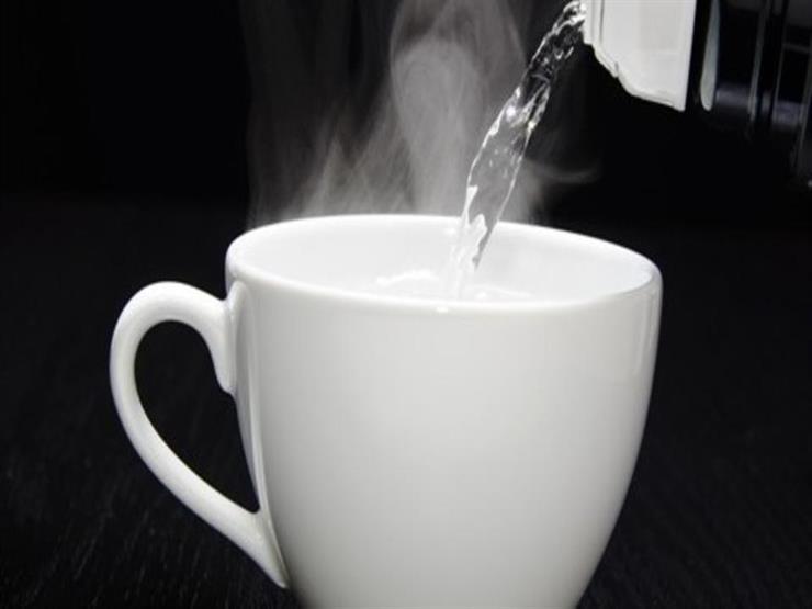 ماذا يحدث لجسمك إذا تناولت كوب ماء دافئ صباحا؟