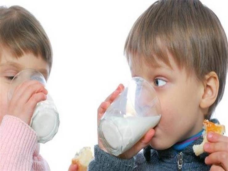 الجانب المظلم.. الإفراط في شرب الحليب يصيبك بهذه الأضرار