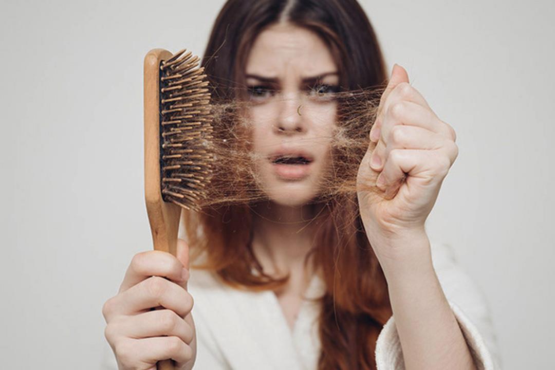 أبرزها السلمون.. 7 أطعمة تمنع تساقط الشعر وتحفزه على النمو