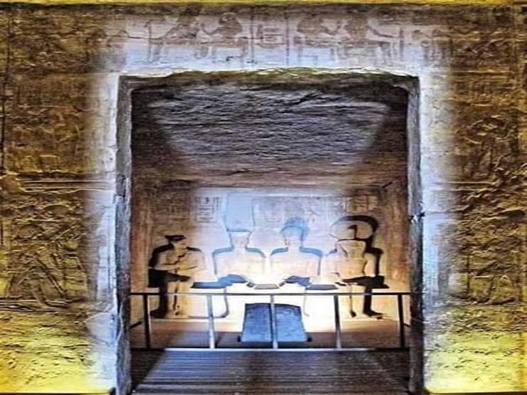 شاهد معجزة تعامد الشمس بمعبد أبو سمبل