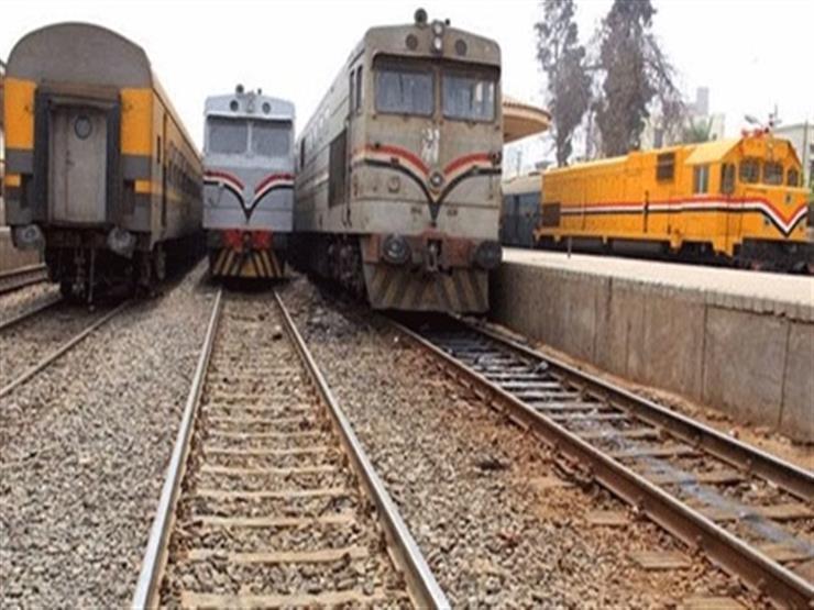 """بعد 3 ساعات فقط.. """"عطل شامل"""" يربك حركة القطارات خلال زيارة وزير النقل للمنيا"""