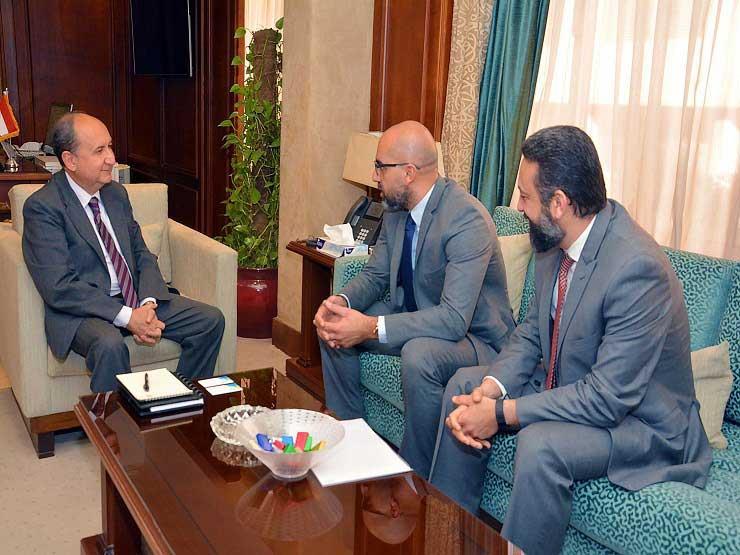 """وزير الصناعة يبحث مع """"بروكتر آند جامبل"""" خطط زيادة استثماراتها بمصر"""