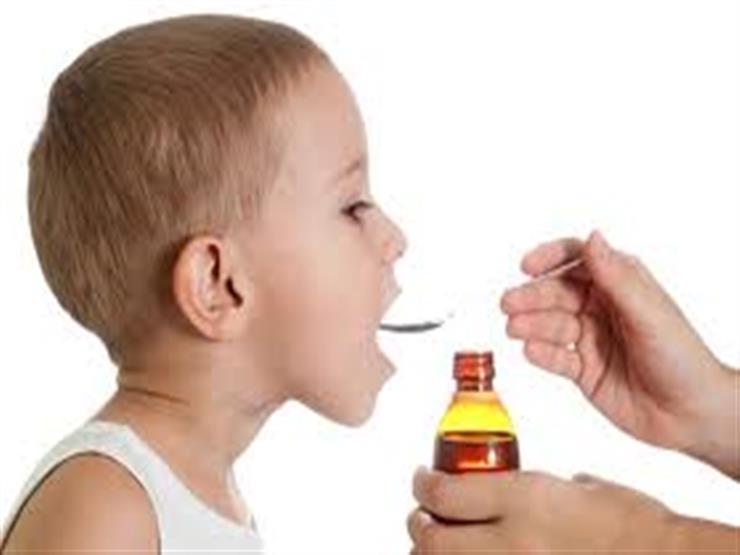 تعرف على مخاطر أدوية نزلات البرد للأطفال.. والبدائل الصحية