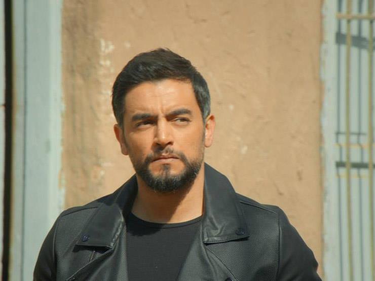 هاني سلامة يوجه رسالة لبطل حادث محطة مصر