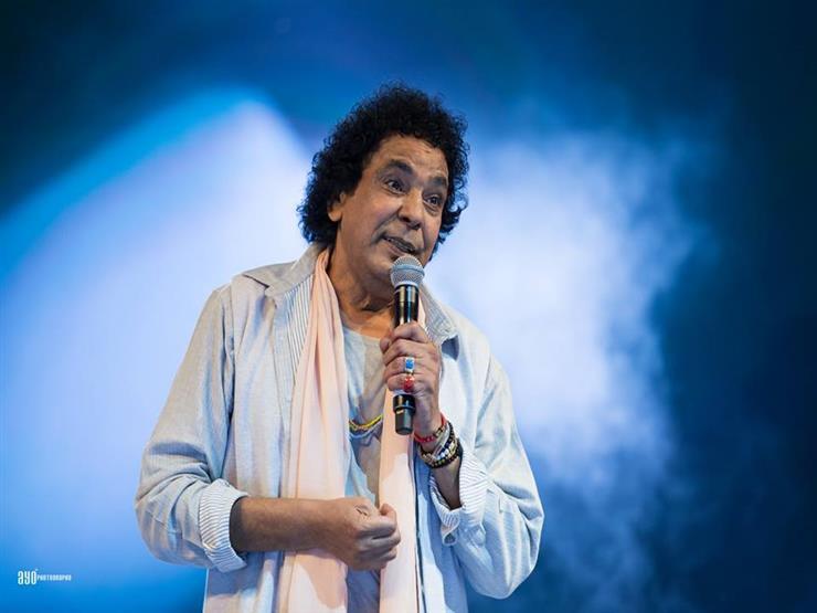 بسبب حادث محطة مصر.. محمد منير يعدل برنامج حفله ويتبرع لدعم المصابين