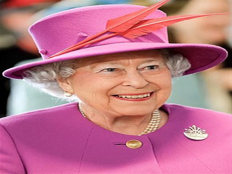 لماذا لجأت الملكة إليزابيث على النوم في غرفة الخدم؟
