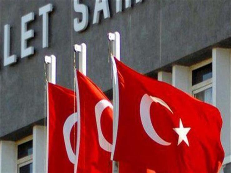 """بسبب """"خدشة قطة"""".. محكمة تركية تُغرّم صاحب متجر إلكترونيات"""