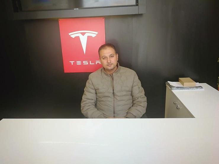 """المدير التجاري لريفولتا: """"خليها تصدي"""" سترفع مبيعات السيارات الكهربائية"""