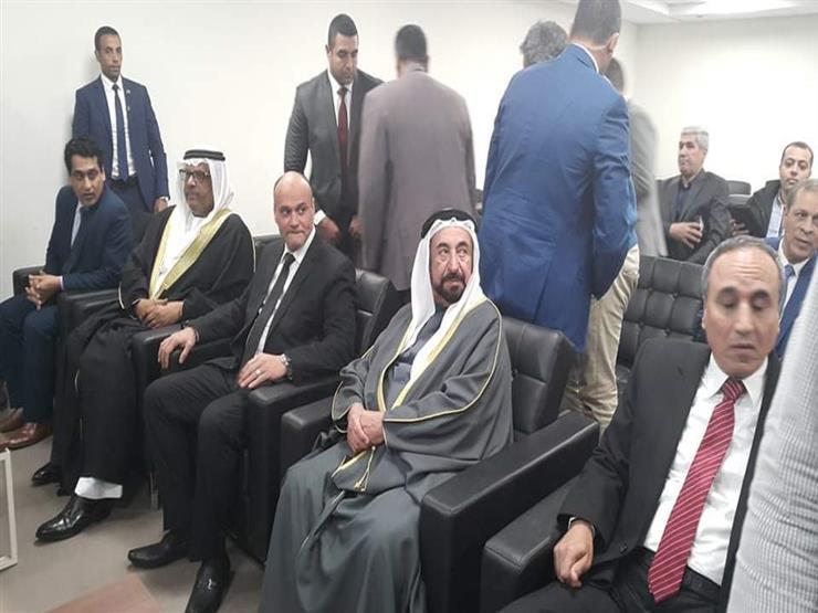 حاكم الشارقة يصل نقابة الصحفيين لافتتاح مركز التدريب