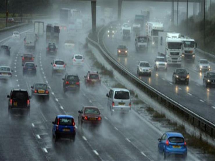 كيف يمكن تفادي مخاطر الحوادث أثناء القيادة تحت الأمطار؟