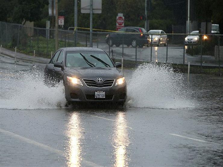 نصائح مهمة للتعامل مع السيارة المتضررة من الأمطار.. تعرف عليها
