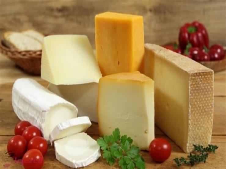 """""""مفيدة أم ضارة؟"""".. دراسة توضح تأثير تناول الجبن على الصحة"""