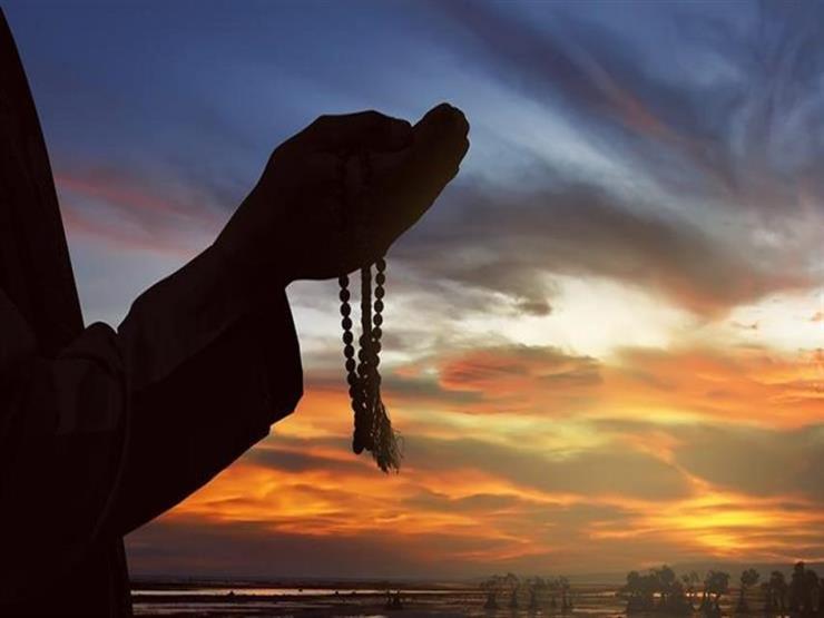 دعاءٌ في جوْف اللّيل: اللهمّ اغفر خطيئتي واقبل معذرتي