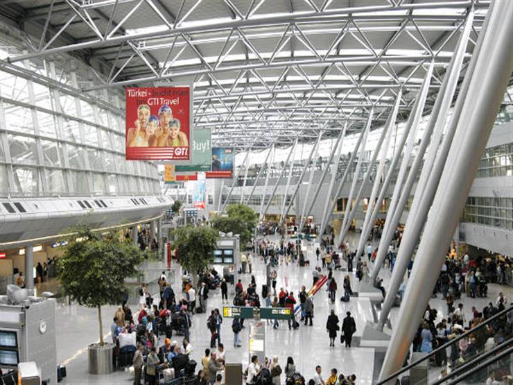 إخلاء صالة انتظار ركاب في مطار دوسلدورف بألمانيا لأسباب أمنية