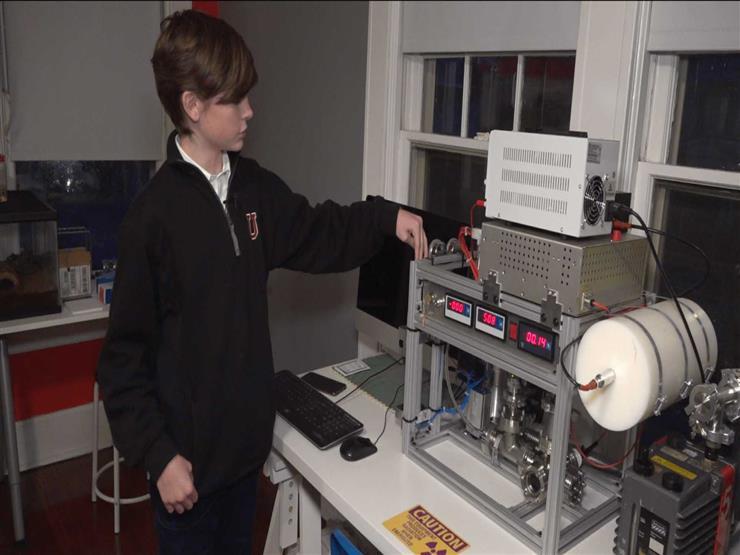 هل تستطيع بناء مفاعل نووي في بيتك؟ طفل أمريكي يكشف الإجابة