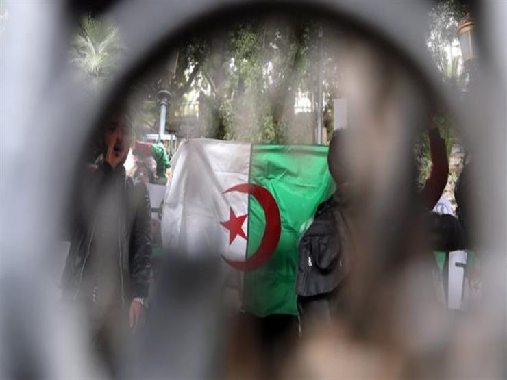 المعارضة الجزائرية ترحب باستقالة رئيس المجلس الدستوري