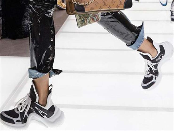 تعرف على موضة الحذاء الرياضي هذا الصيف