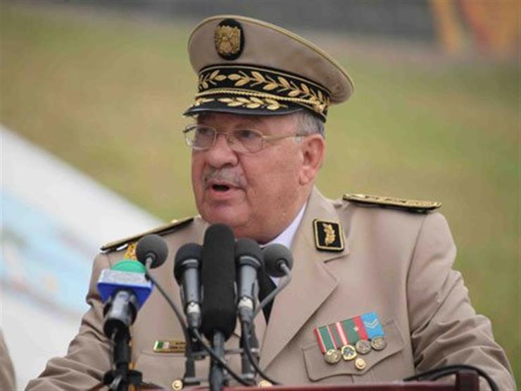 رئيس الأركان الجزائري يشيد بدور بلاده في مجال مكافحة الارهاب