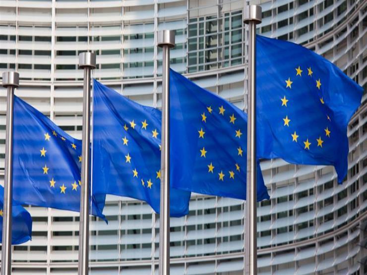 """""""سي إن إن"""": الاتحاد الأوروبي يفرض تأشيرة دخول على الأمريكيين"""