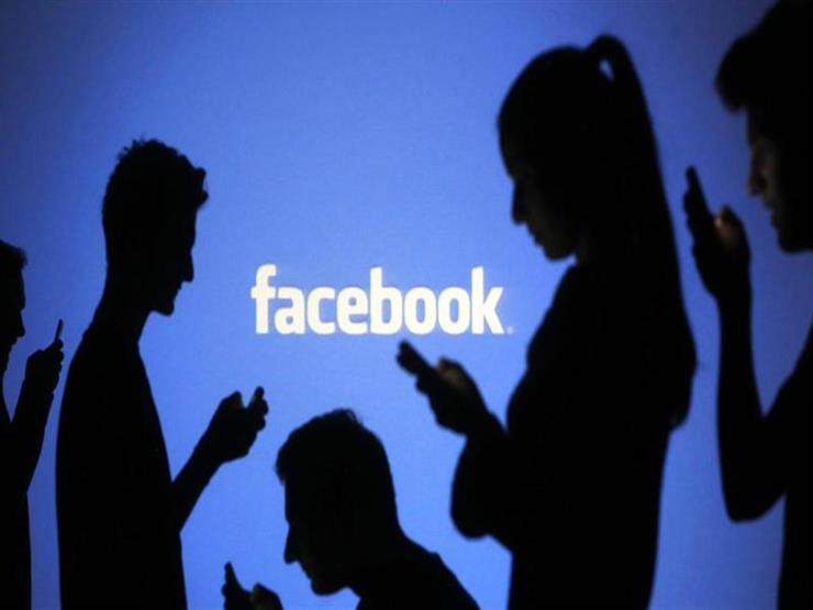 """""""فيس بوك"""" تتعاقد مع موظفين لقراءة منشورات مستخدميها الخاصة"""