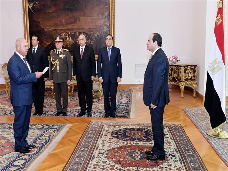 بالفيديو.. لحظة تأدية الفريق كامل الوزير اليمين الدستورية أمام السيسي