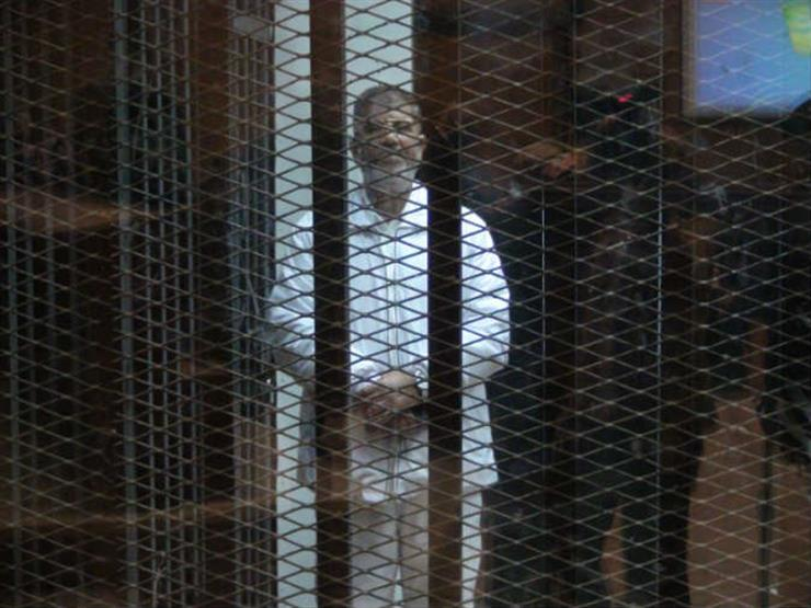 """تأجيل إعادة محاكمة مرسي و23 آخرين في """"التخابر مع حماس"""" لـ28  إبريل"""