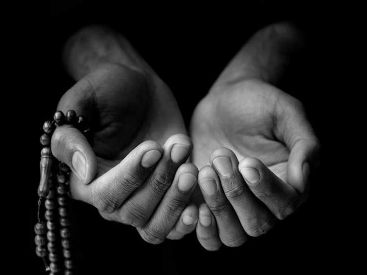"""دعاء نبوي لسداد الدين """"لَوْ كَانَ عَلَيْكَ مِثْلُ جَبَلٍ"""".. تعرف عليه"""