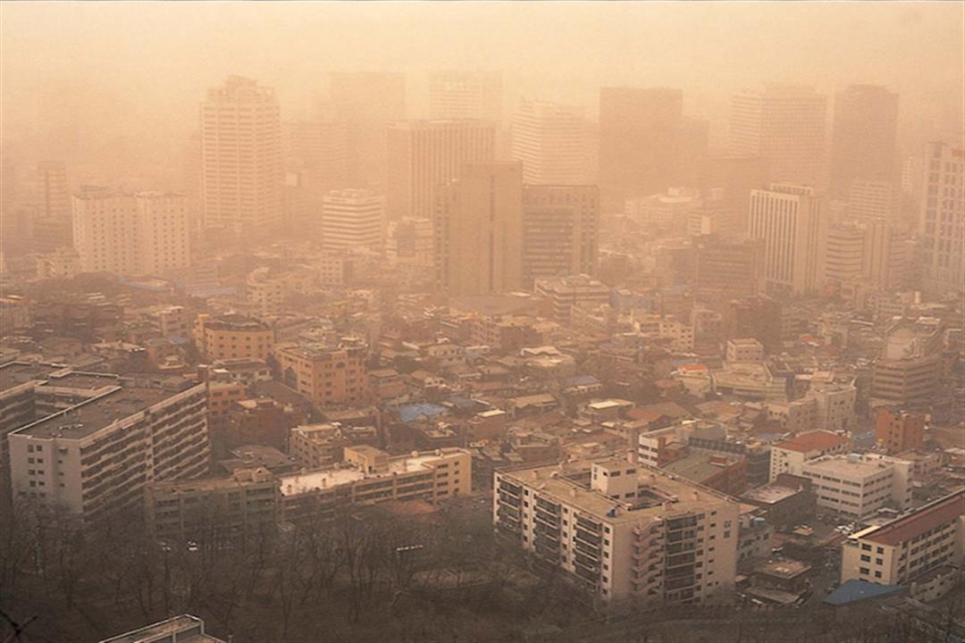 أيهما يرفع معدل الوفاة المبكرة.. التدخين أم تلوث الهواء؟ا