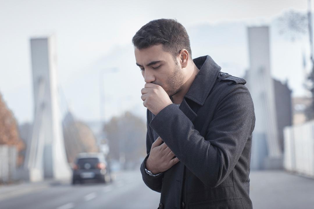 """""""السدة الرئوية"""" تهدد المدخنين.. إليك الأسباب وطرق الوقاية والعلاج"""