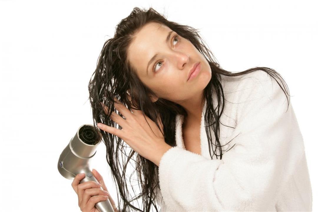 مجفف الشعر بهذه التقنية أفضل لشعرك
