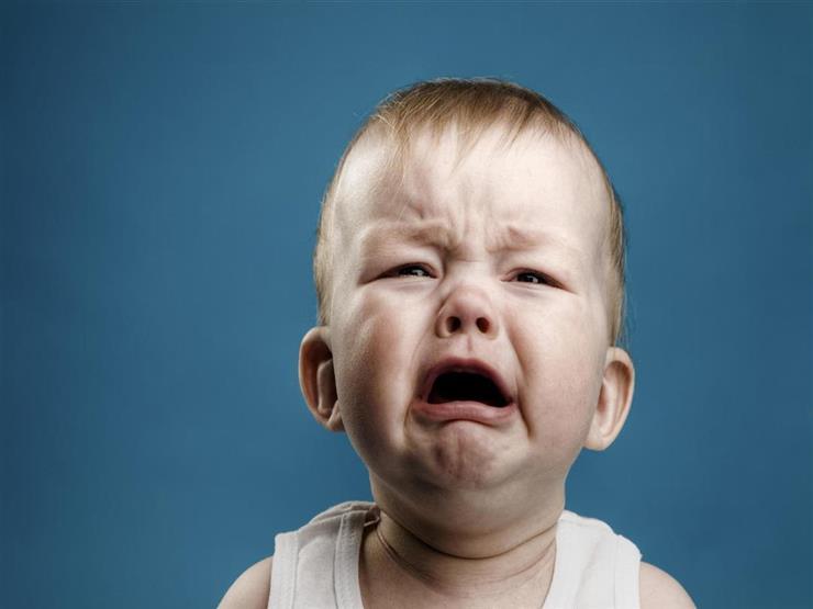 نوبات بكاء الرضع.. لغة غير مفهومة وحيرة الأمهات تتحول لاضطرابات