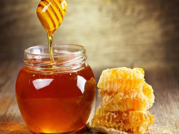 هل تناول العسل قبل النوم يساعد على إنقاص الوزن؟