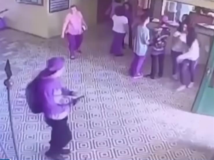لحظة إطلاق النار على تلاميذ بمدرسة في البرازيل -فيديو