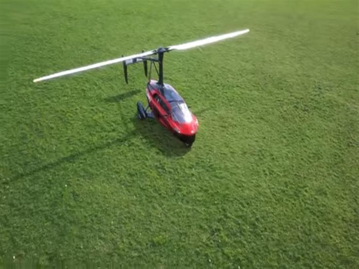 """أول سيارة طائرة في العالم تظهر رسمياً في """"جينيف"""" – فيديو"""