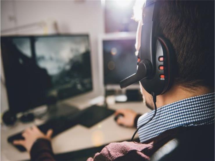 """""""فقدت وظيفتي وأسرتي بسبب الألعاب الإلكترونية"""""""