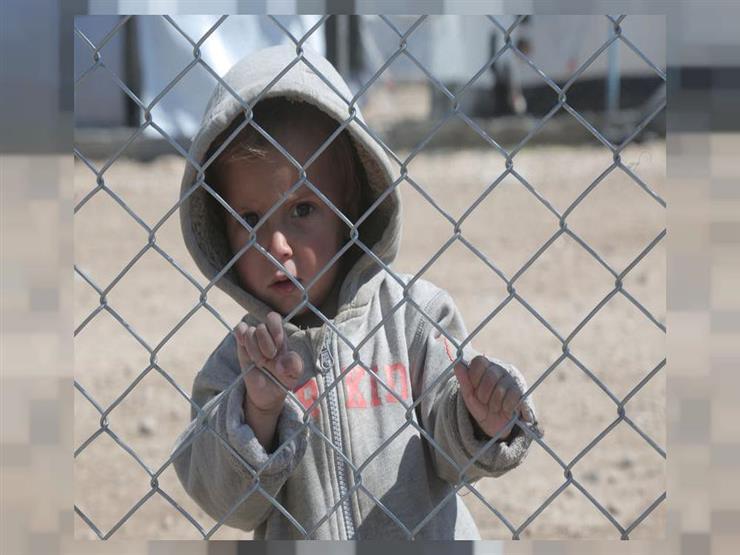 باريس تتسلم أطفال المتشددين الفرنسيين من مخيمات سوريا