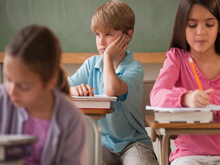 كيف تنمي مهارات طفلك قبل دخول المدرسة؟