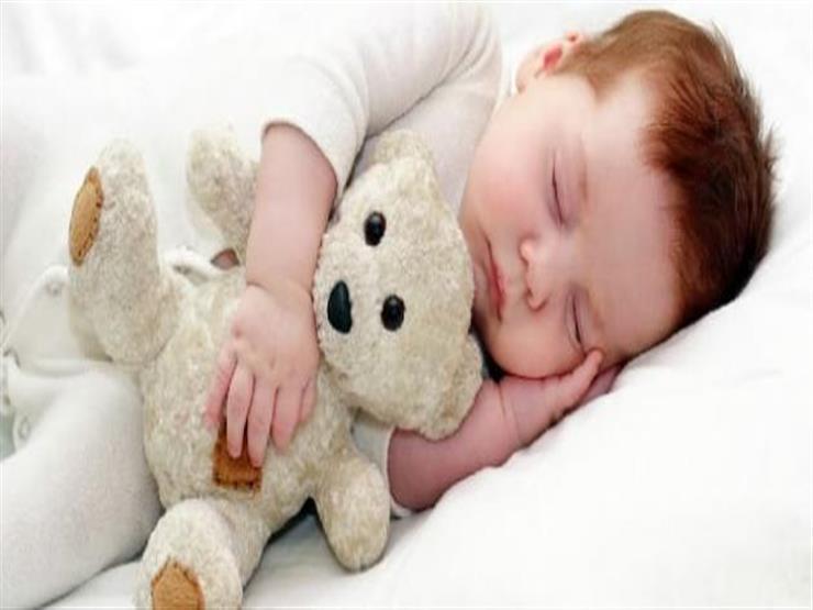 حسب الفئة العمرية.. ما عدد ساعات النوم المثالية لطفلك