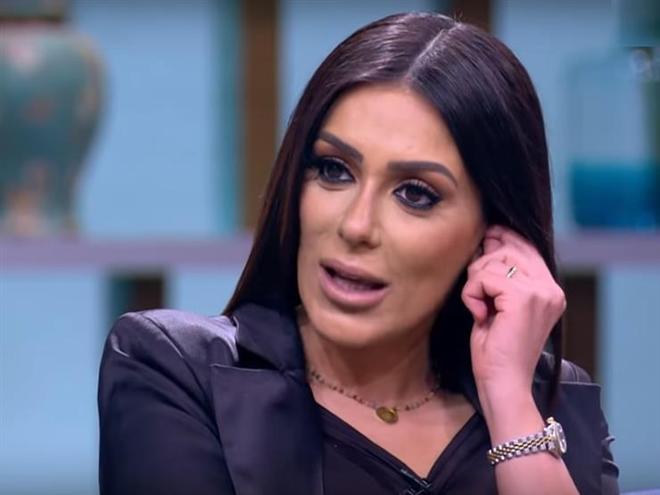 """إنجي المقدم: بقيت لهلوبة في اللغات بسبب """"ليالي أوجيني"""""""