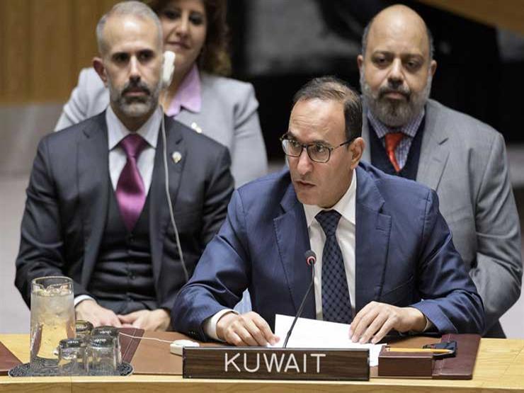 الكويت تدعو إلى حل سلمي للأزمة في شرق أوكرانيا